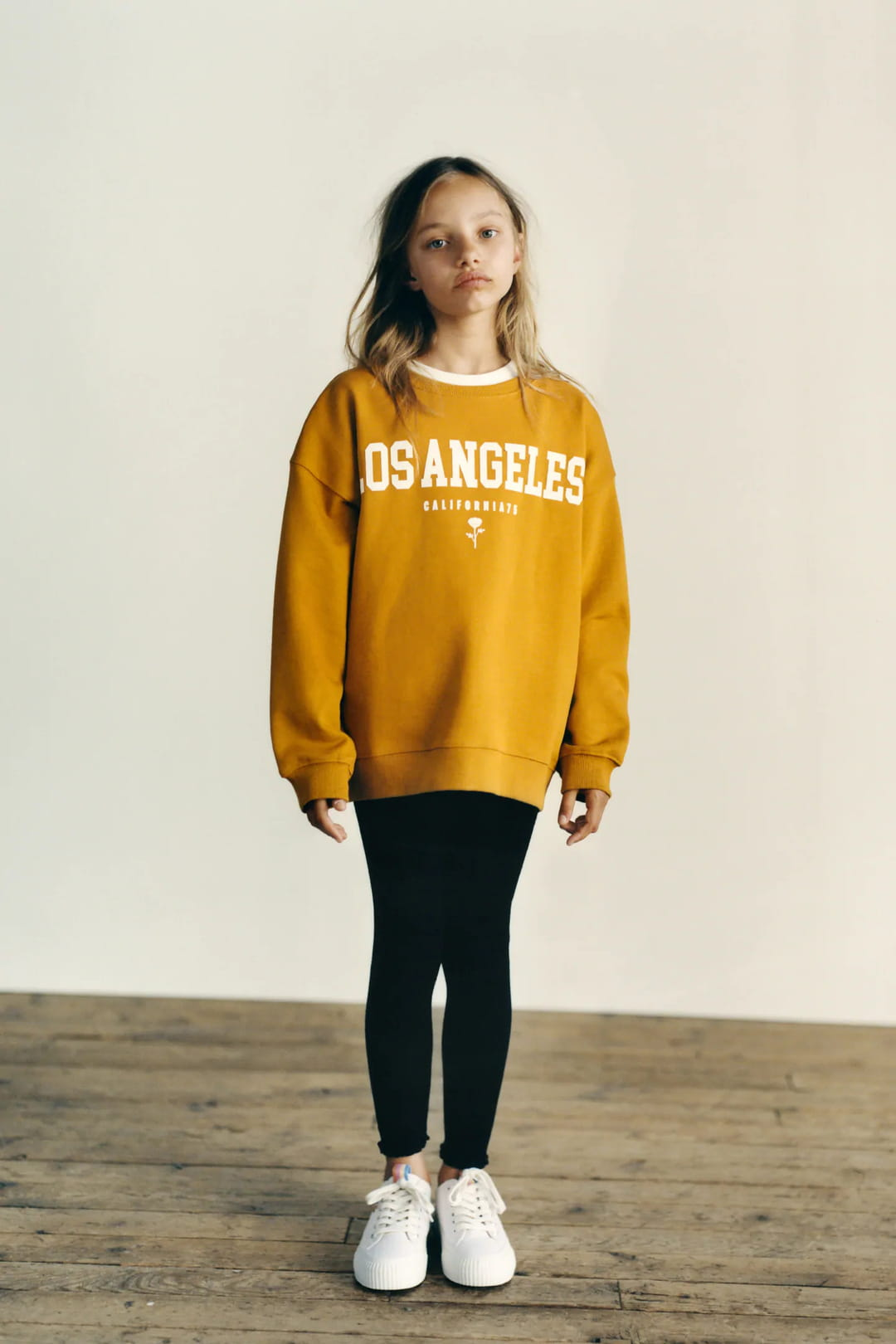 Sweat-avec-inscription-zara-for-kids