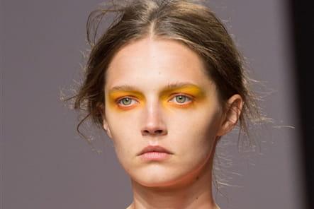 Fashion East (Close Up) - photo 38