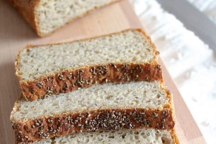 Pain à la farine de teff, riz complet et graines de chia (sans gluten)