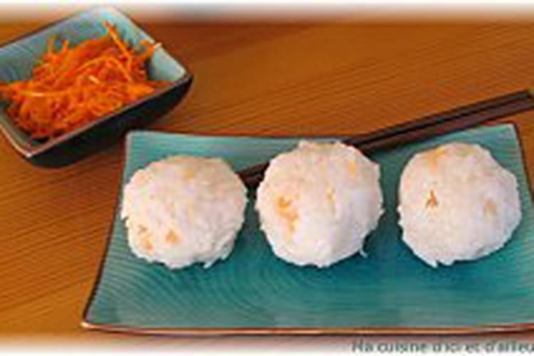 Onigiri au saumon japonais