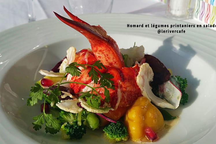 Homard et légumes printaniers en salade