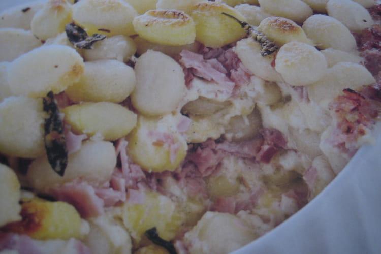 Gnocchis au jambon et fondue aux trois fromages