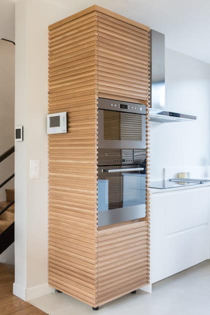 Une cuisine design avec du bois
