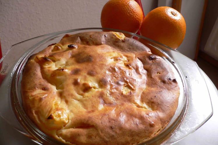 Gâteau au yaourt à l'orange et aux noix de pécan
