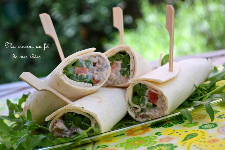 Wraps aux sardines et asperges vertes, yaourt grec, tomate et échalote