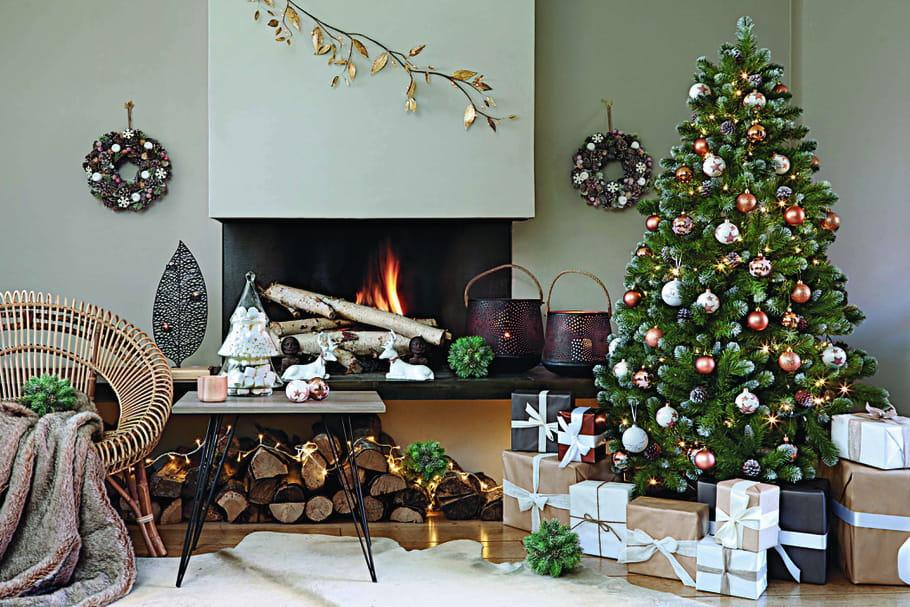 Sapin de Noël: comment bien le décorer?