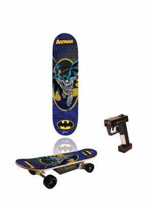 un skate électrique batman
