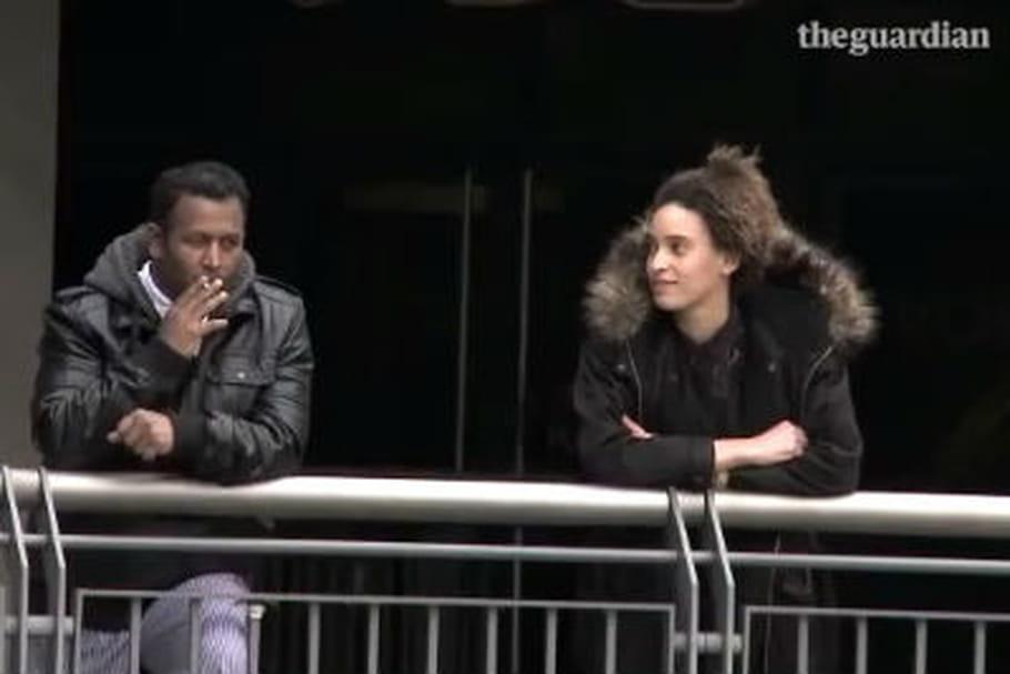 que fait une pute fille sexy dans la rue