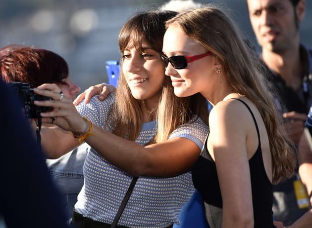 Une photo avec Lily-Rose Depp? Facile
