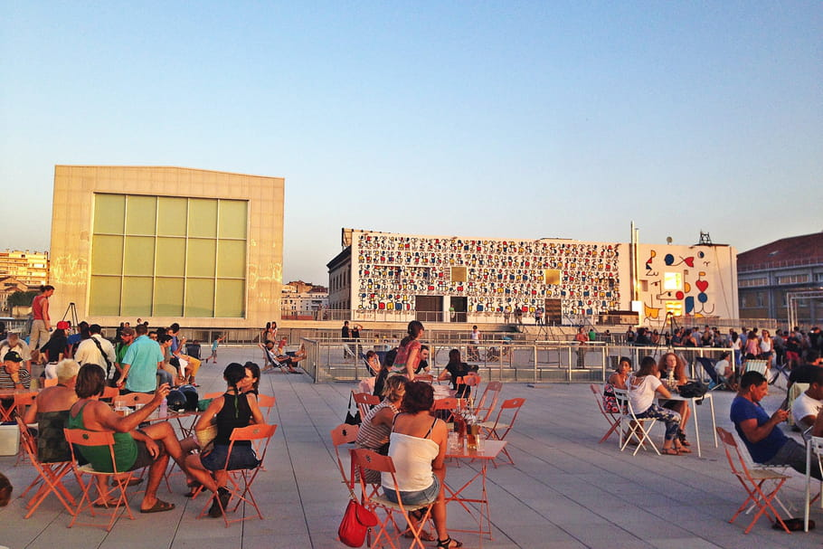 Marseille: Ça balance pas mal... sur le rooftop de la Friche