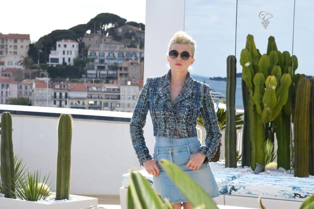 Cécile Cassel, alias Hollysiz: posture de star