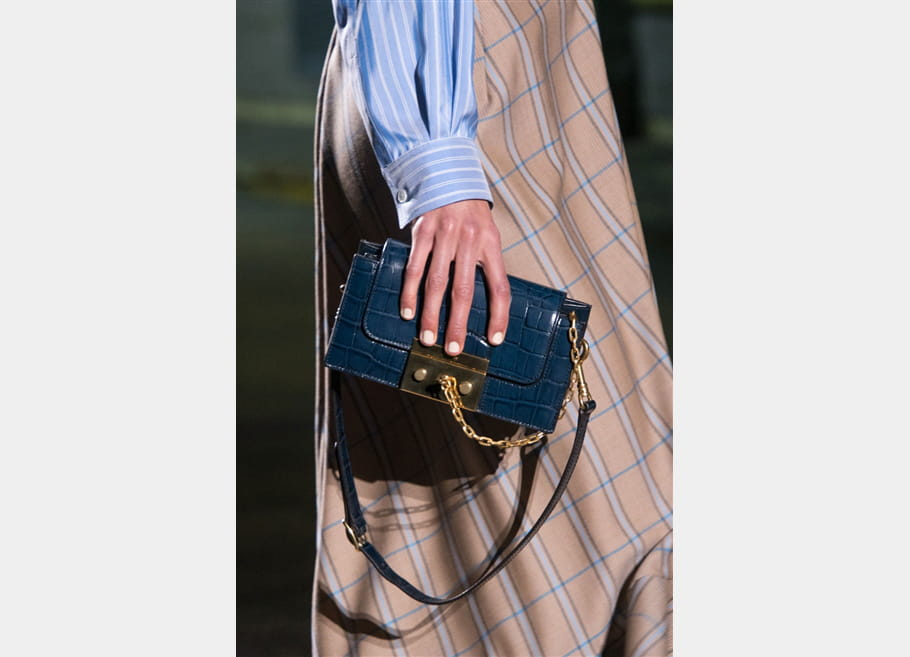 Mulberry (Close Up) - photo 45