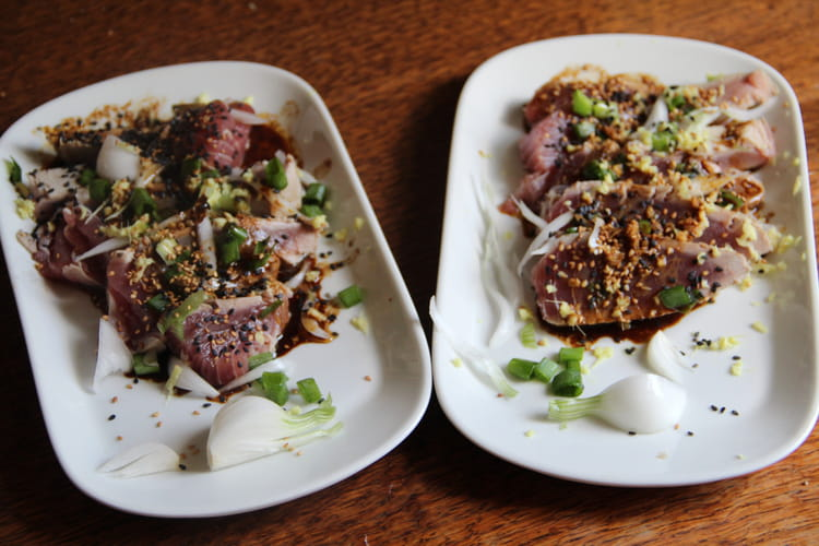 Tataki de thon, sésame et gingembre