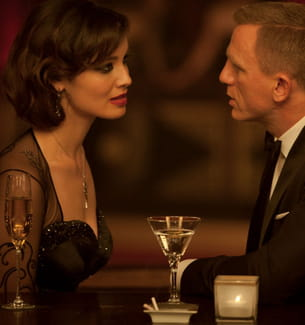 2012, james bond va-t-il troquer sa vodka martini contre un demi ?