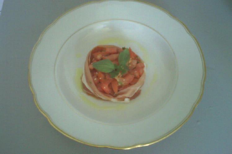 Tartare de tomates acidulé et jambon de Bayonne