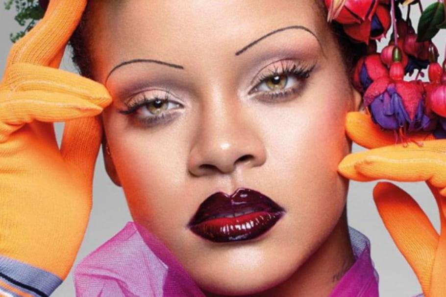 Rihanna relance la tendance des sourcils fins