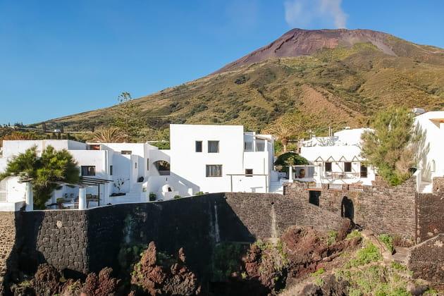 Une villa à flanc de falaise