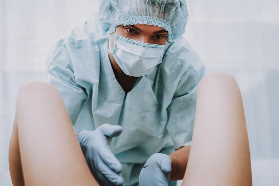 Révision utérine après l'accouchement: dans quel cas?