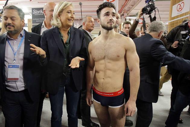 Marine Le Pen, bien accompagnée