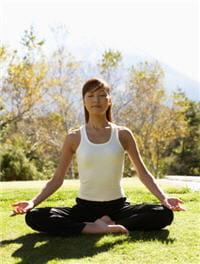 essayez-vous au yoga pour évacuer les tensions de la journée...