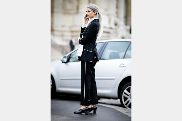 Street style à Paris : le tailleurs graphique