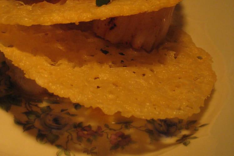 Saint-Jacques grillées aux chips de parmesan