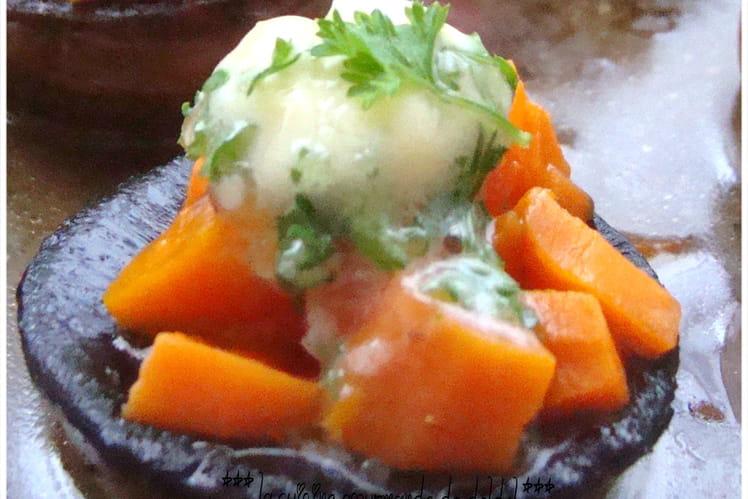 Champignons farcis aux carottes et beurre d'ail