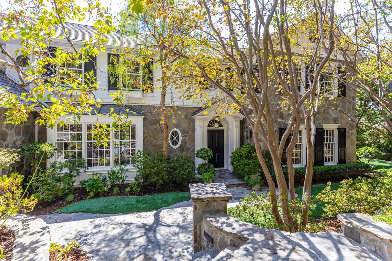 La belle maison d'Ashton Kutcher et Mila Kunis en vente à 12,5millions