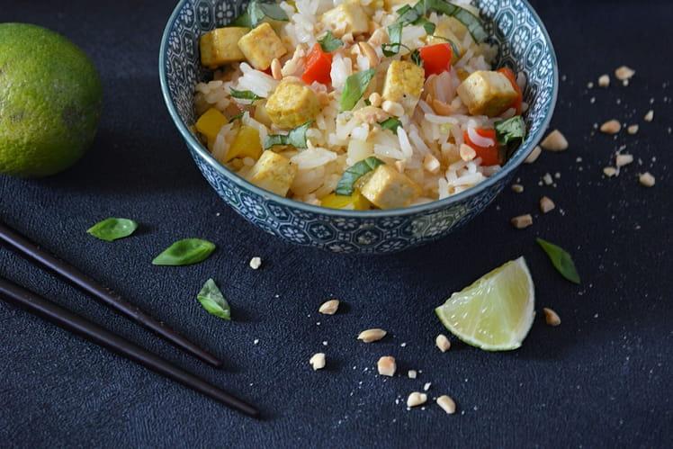 Riz façon thaï, citron vert et basilic