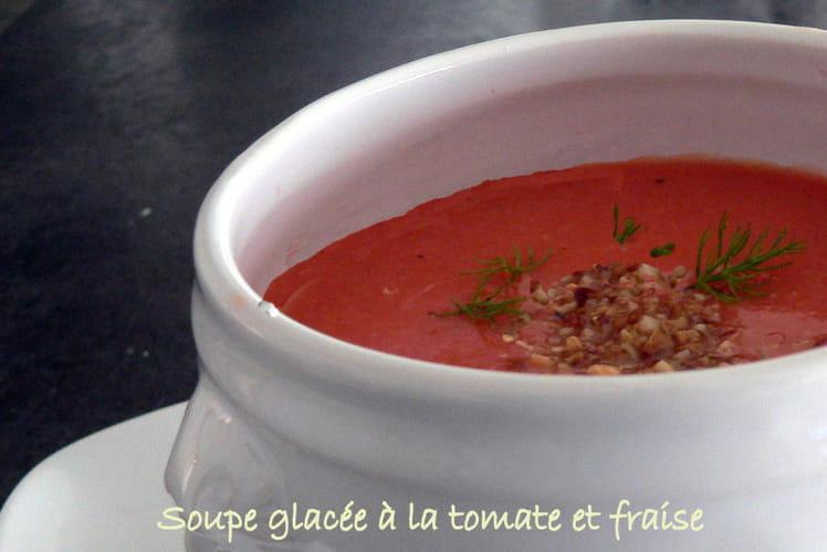 Soupe glacée à la tomate et fraise