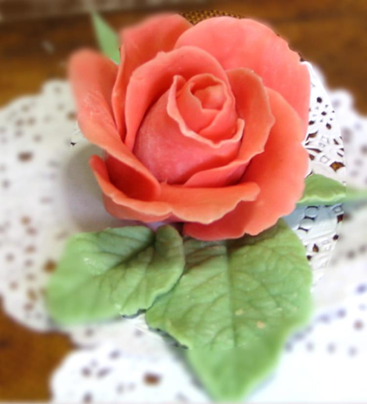 recette de rose en p te d 39 amande la recette facile. Black Bedroom Furniture Sets. Home Design Ideas