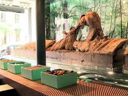 hippopotam sculpture