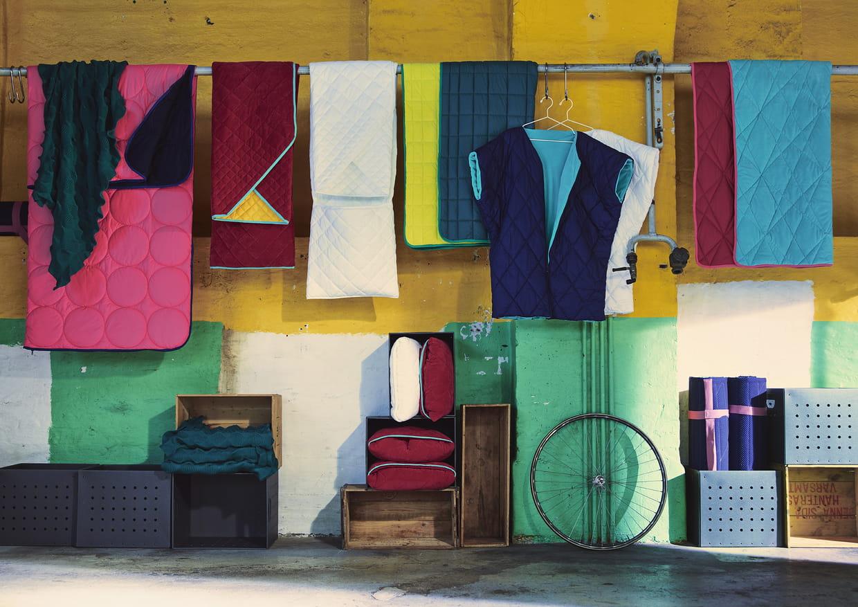 plaids et sacs de couchage. Black Bedroom Furniture Sets. Home Design Ideas