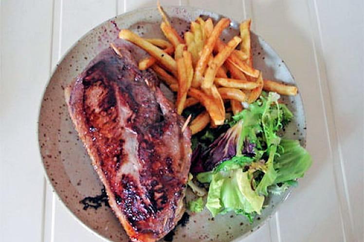 Magret farci au foie gras et aux myrtilles