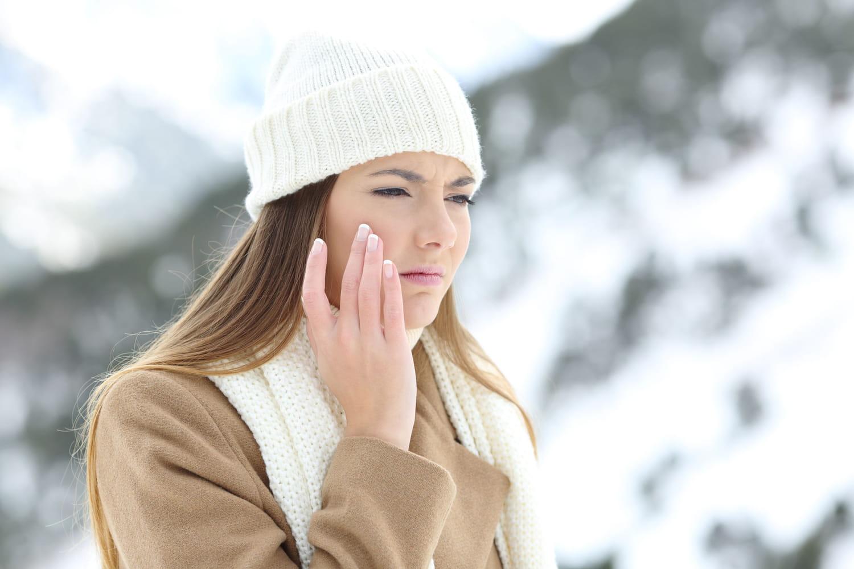 Urticaire au froid: causes, traitements, test au glaçon, c'est quoi?