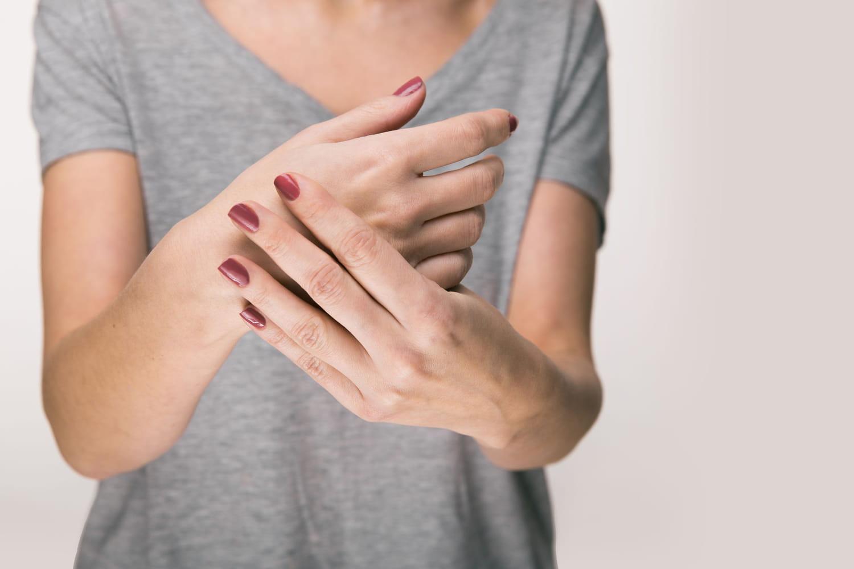 Polyneuropathie: définitions, symptômes, traitement