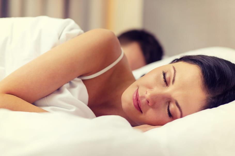 Durée de sommeil idéale: combien d'heures faut-il dormir?
