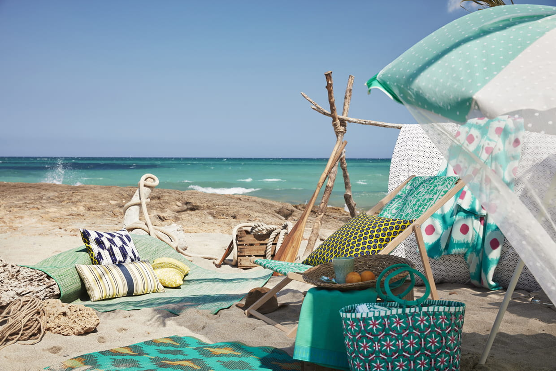 chaise de plage. Black Bedroom Furniture Sets. Home Design Ideas