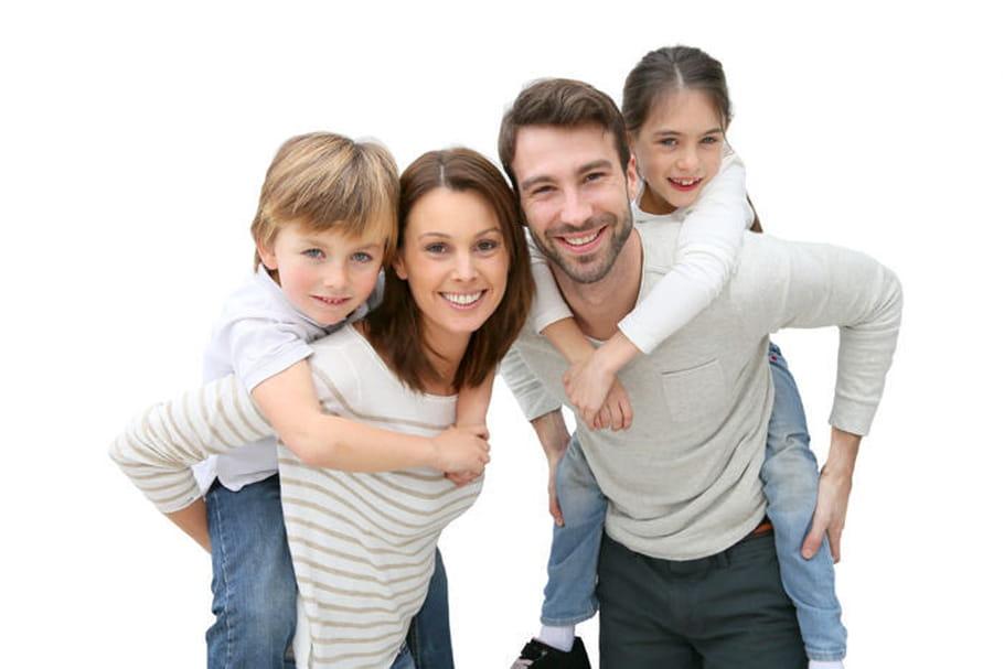 Séparations, familles recomposées... Comment évolue la vie familiale en France ?