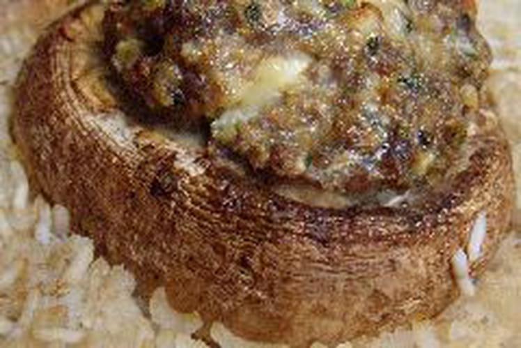 Champignons farcis à la viande hachée et feta