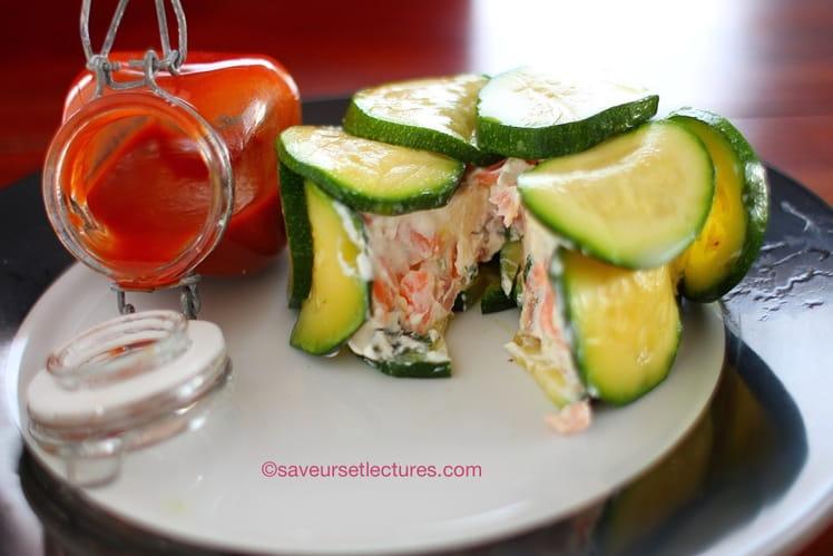 Charlotte fromages frais saumon et coulis de tomates