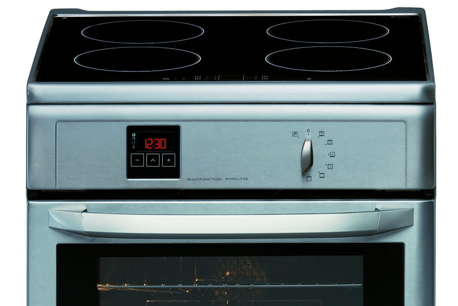 cuisini re induction gaz ou vitroc ramique que choisir. Black Bedroom Furniture Sets. Home Design Ideas