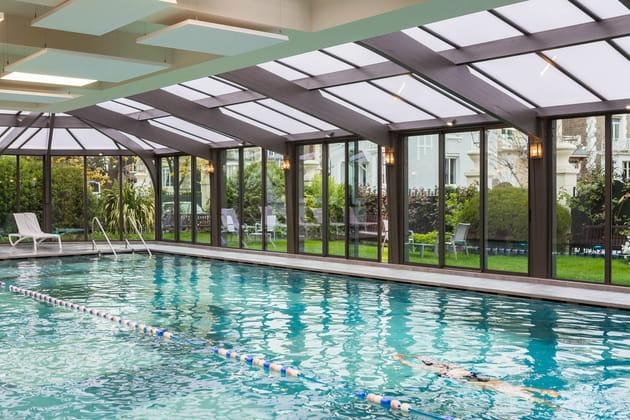 Nager dans une piscine d 39 eau de mer chauff e - Nager dans une piscine ...