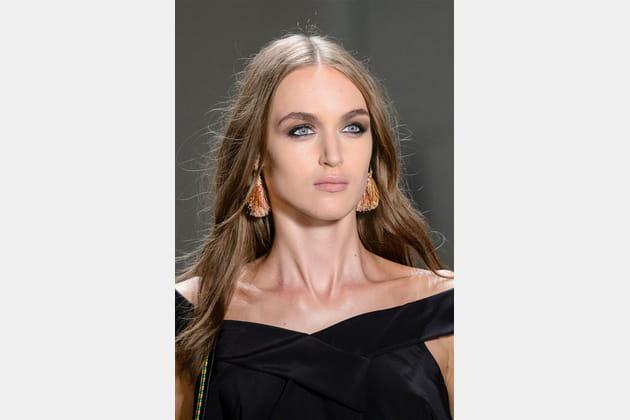 Nicole Miller (Close Up) - photo 11
