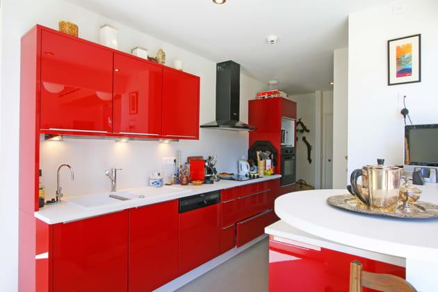 Cuisine rouge des pi ces tendance et modernes - Cuisine rouge but ...