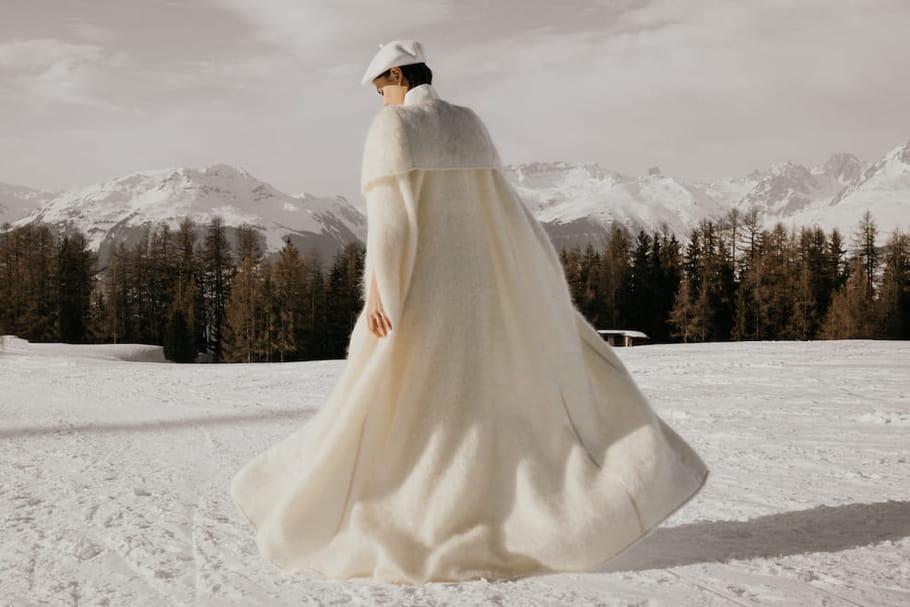 Des accessoires pour réchauffer sa robe de mariée avec style