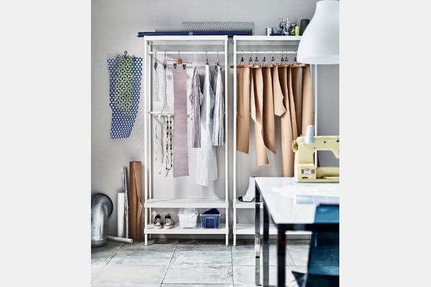 dressing ikea sans portes. Black Bedroom Furniture Sets. Home Design Ideas