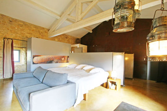 chambre sous charpente. Black Bedroom Furniture Sets. Home Design Ideas