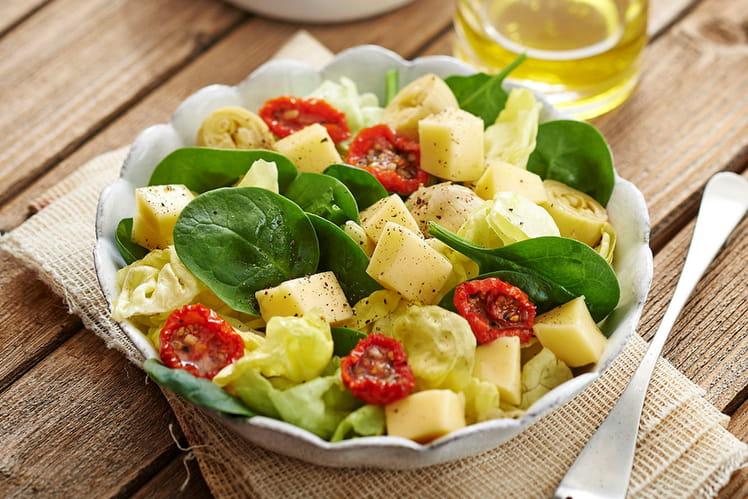 Salade de pousses d'épinard et Raclette de Savoie