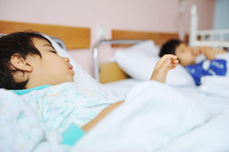 Essais cliniques : les enfants doivent donner leur consentement éclairé